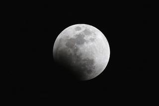 s-2tr_月食開始10%2Q5A4684.jpg